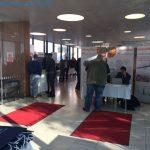 Niederoe18_Blick von Registratur ins Foyer2